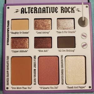 *NEW* The Balm ALTERNATIVE ROCK face palette